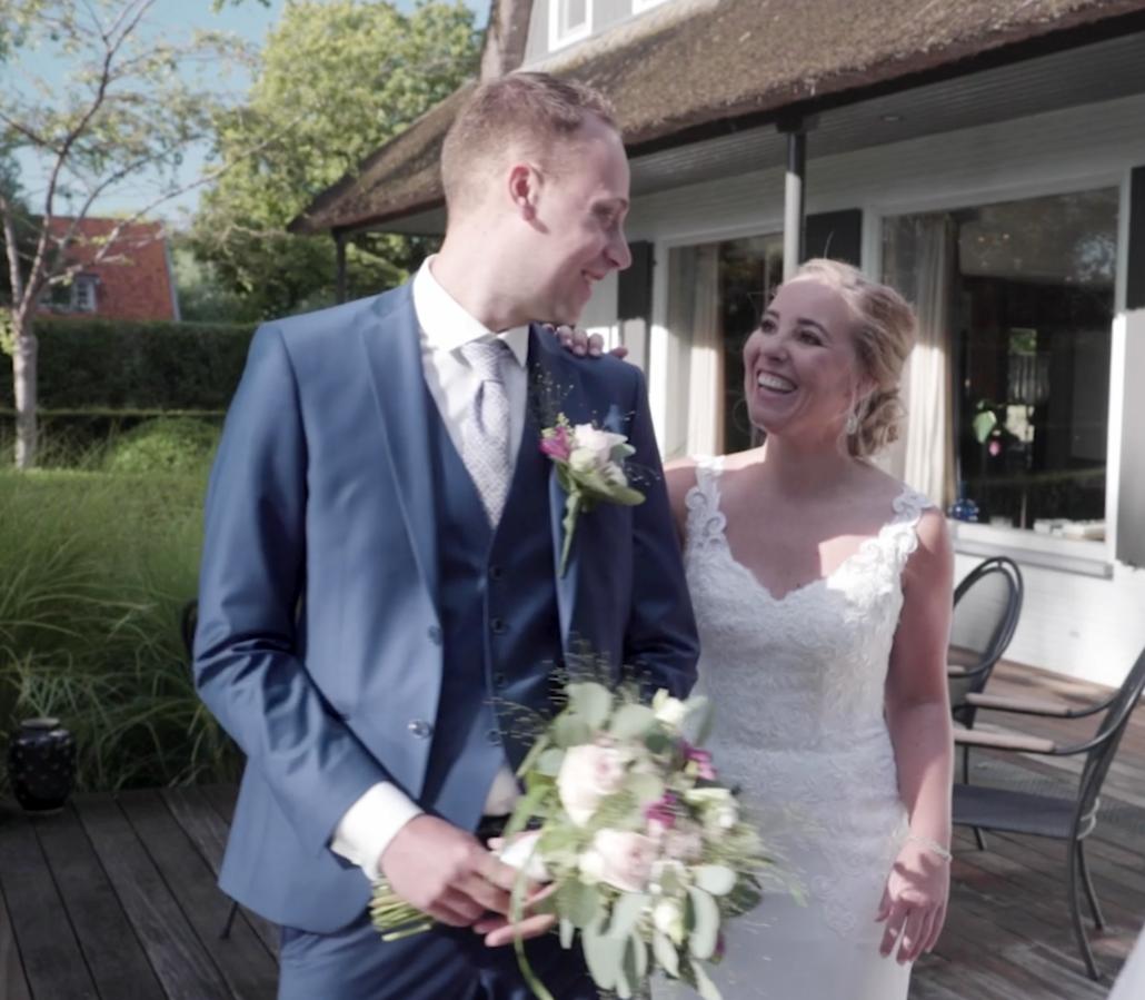 de first look van bruidspaar op bruidsfilm