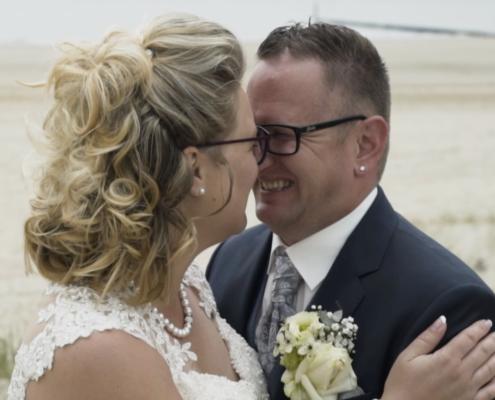 Bruidspaar lachen